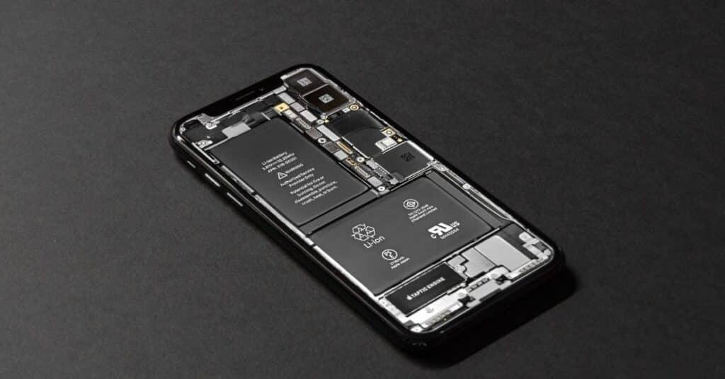 iPhone battery repair service