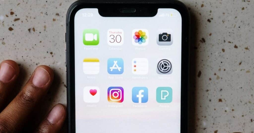 iphone touch screen not responsive